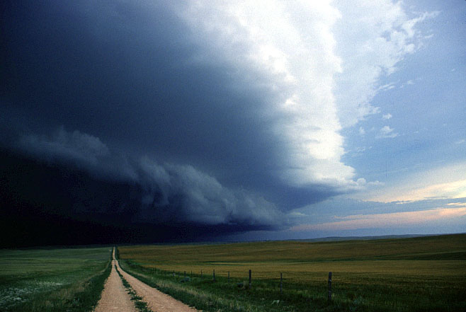 """CLIMATE ADAPTATION • """"Supercell"""" storms captured by storm chaser ..."""